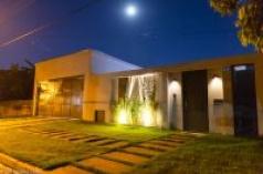 Casa de alto padrão com localização privilegiada