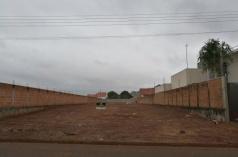 Terreno Jardim São Bento 525 m² com os lados murados e no asfalto