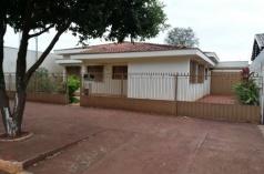 Casa area Central a venda