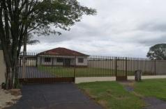 Casa de madeira para Alugar - Centro