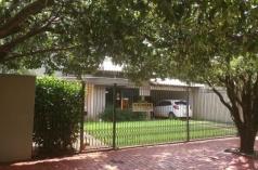Casa com piscina - Centro