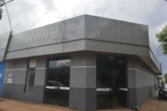 Aluga Salão Comercial de esquina com depósito - Area Central