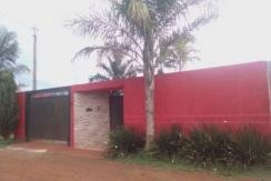 Casa a venda com piscina - Parque Ipanema